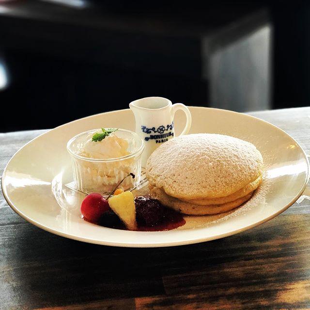 こんにちわSunny's coffee はパンケーキメニューもございますコーヒーと一緒にやわらかくしっとりとしたパンケーキをご堪能ください#sunnyscoffee #coffee #パンケーキ #サニーズ  #coldbrew #cafe