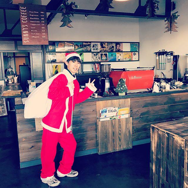おはようございます!Sunny's coffee です️本日から3日間クリスマスジャンケン大会を開催しております!サンタにジャンケンで勝ちますとスコーンをプレゼントいたします是非お越しになりジャンケンにチャレンジしてみて下さい️🖐ご来店お待ちしております!#sunny's coffee#サニーズコーヒー#栃木#Tochigi #大田原#otawara#カフェ#cafe #コーヒー#coffee #クリスマス#ジャンケン#サンタ#スコーン#プレゼント