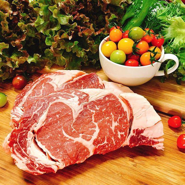 こんにちは!Sunny's coffee のランチ!ステーキプレートがおすすめです!・Today's Foodstuff!・是非お越しください!・#sunnyscoffee #coffee #beef #lettuce #tomato#サニーズコーヒー #肉#ステーキ #ステーキプレート #ランチ #肉ランチ #新鮮野菜