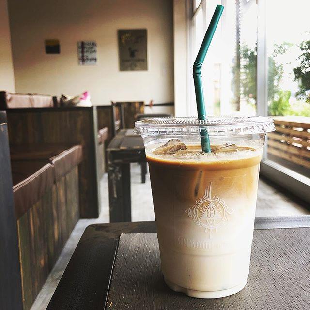 おはようございます!本日も9時〜18時まで営業しております。是非お越しください。#sunnyscoffee #coffee #cafe #late #ice#サニーズコーヒー#コーヒー#カフェ#アイスラテ#テイクアウトok
